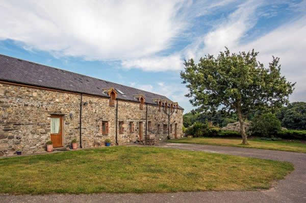 Ballacamaish self catering farmstay cottages