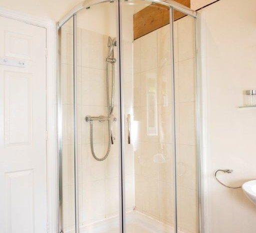 Harvest shower room